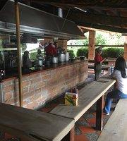 Restaurante La Montanita - parilla y fonda