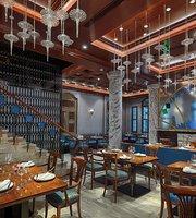 Nhà hàng Vietnam House