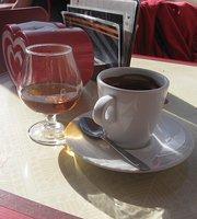 """Cafe Cervejaria """"Avenida """""""