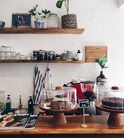 Rena's Kitchen & Coffee