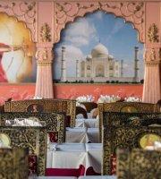 Taj Bollywood