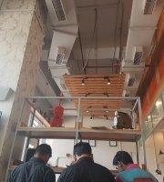 Imly Cafe