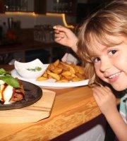 JJ's Raugrund - Restaurant Bar Biergarten