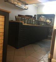 Rocky's Pizza Place