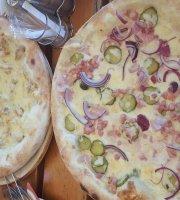 Csopak Restaurant and Pizzeria
