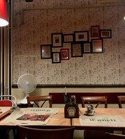 Tonett Pub Etterem Es Pizzeria