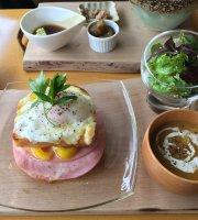 Lancatlgue Cafe Nikko