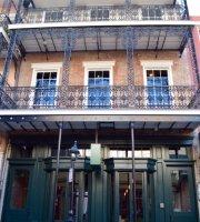 Bourbon Street Drinkery
