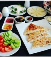 Kiyi Cafe