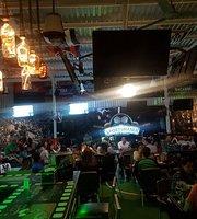 Sportsmania Bar & Grill