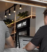 Cafe Larue & Fils