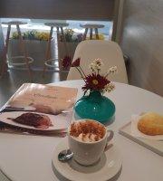 Vanilla Cake Confeitaria e Café
