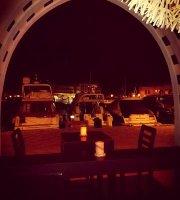 酒吧、夜店和酒館遊覽