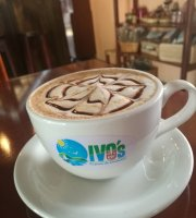 Ivo's Cafe