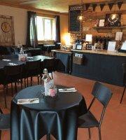 Wattle & Daub Cafe