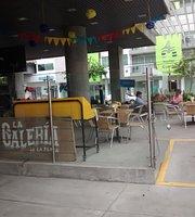 La Galeria de La Plaza