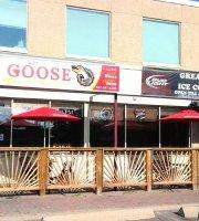 Silly Goose Pub