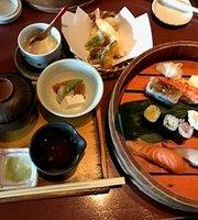 Uosai Sushi Dining Yokkaichi