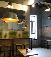Pan-Asian StreetFood Bar Mr. Chao