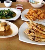 Quan Zhou Cafe & Restaurant
