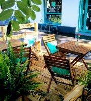 Szumis Cafe