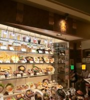 Beer Hall Ginza Lion Sapporo Paseo