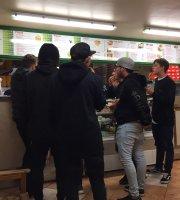 Chicos Pizzeria