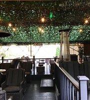 Oko Lounge