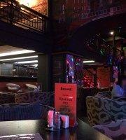 Resto Bar Kukhnya