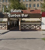 Salute Garden Bar
