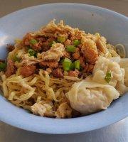 Cen Siang Hakka Noodle