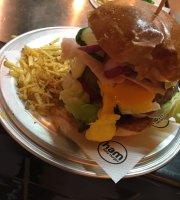 Ham Holy Burger - Castel Romano Designer Outlet