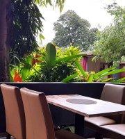 Kikibees restaurant