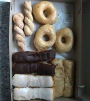 Denny's Doughnuts and Bakery