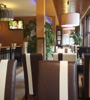 Alexx Cafe