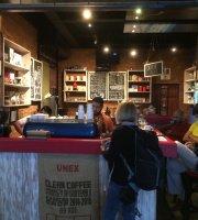 Castell Cafe