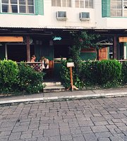 Casa Amelia Bar & Restaurant