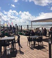 Sun & Moon beach bar