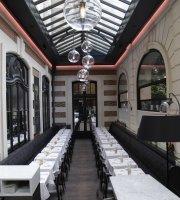 Cafe Artcurial