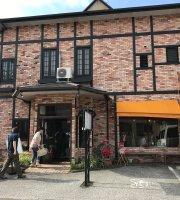 Pasta Cafe Hachinomori
