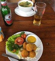 Cafe Janur