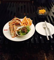 Le Petit Cafe at The Lalit Chandigarh