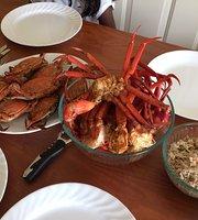 Graham & Rollins Hampton Seafood Market & Restaurant