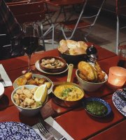 EATapaS Bar & Restaurant