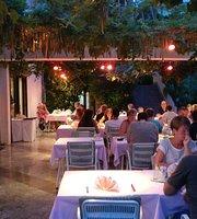 Koralj Restoran