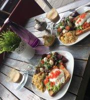 Lala Cafe