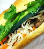 Long Sandwich Deli and Bakery