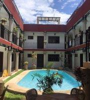 La Aurora Hotel