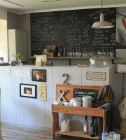 eigenARTig.at - Der kleine Laden mit Cafe