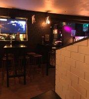 Ravens Lounge Bar